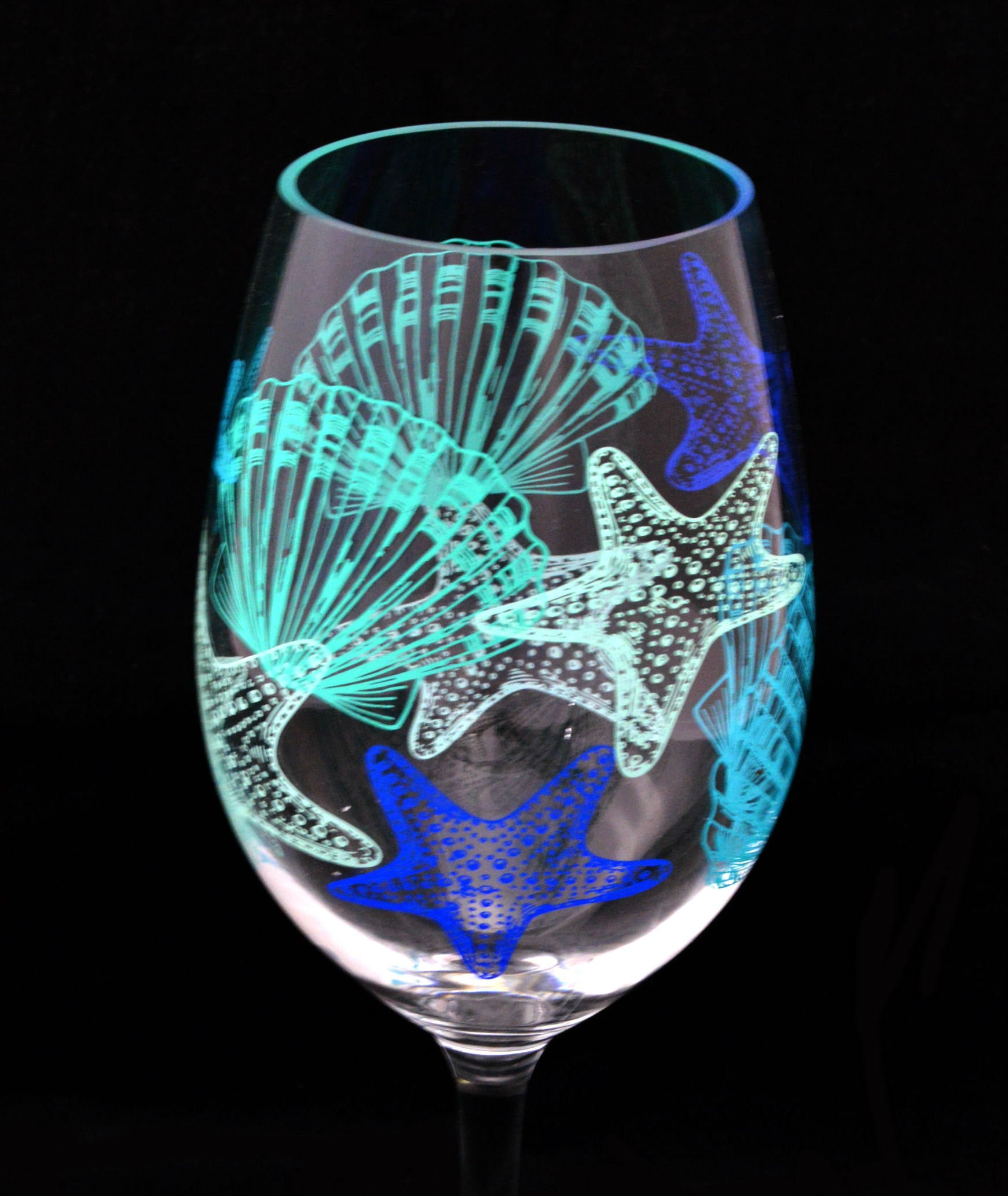 seashell acrylic wine glass