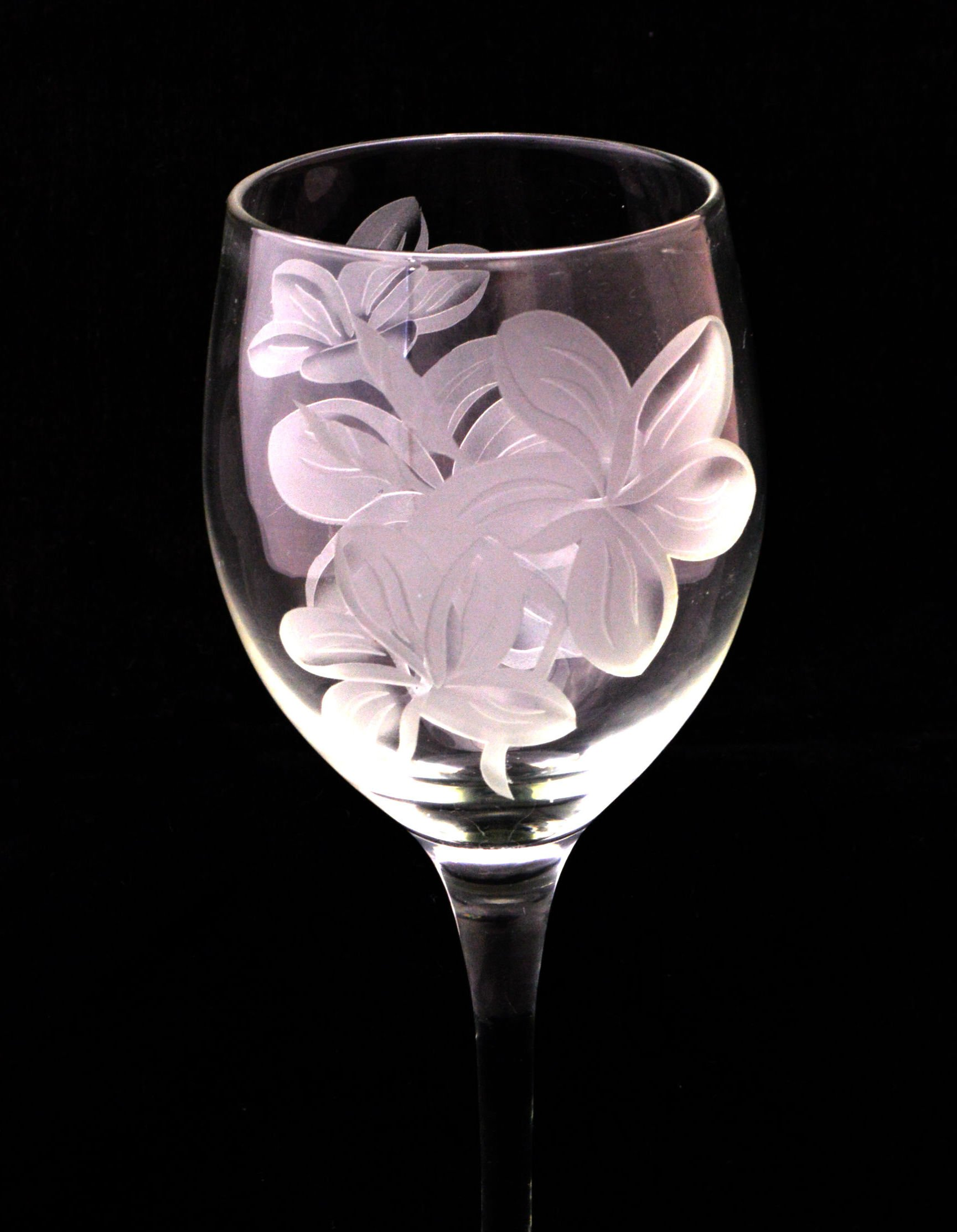 plumeria etched wine glass set - Etched Wine Glasses